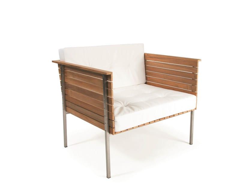 Teak garden armchair HÄRINGE | Low lounge chair by Skargaarden