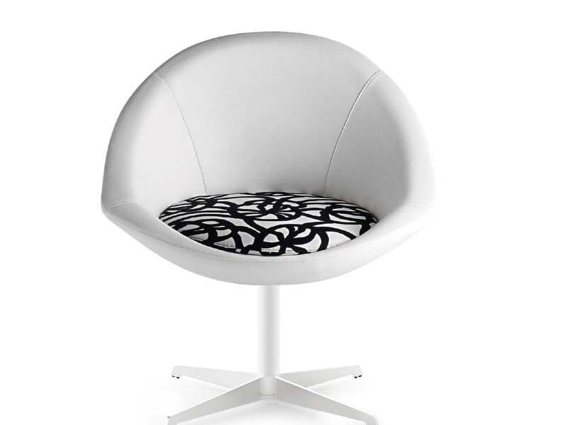 Swivel easy chair with 4-spoke base BEIJA STAR by Riccardo Rivoli
