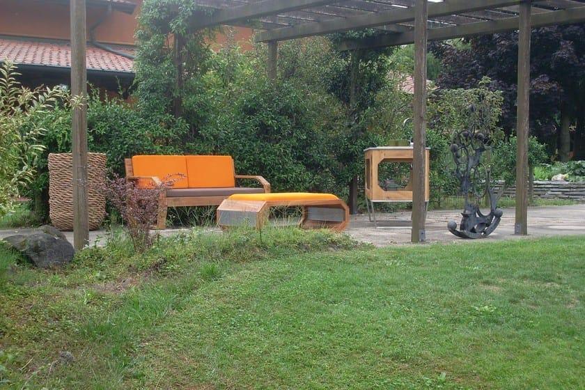 Divano in legno a 2 posti fabris mountain by lgtek outdoor for Divano esterno legno