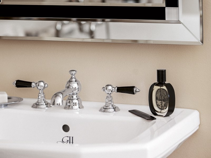 Classic style 3 hole washbasin tap BERKELEY | basin mixer 3 tap holes by GENTRY HOME