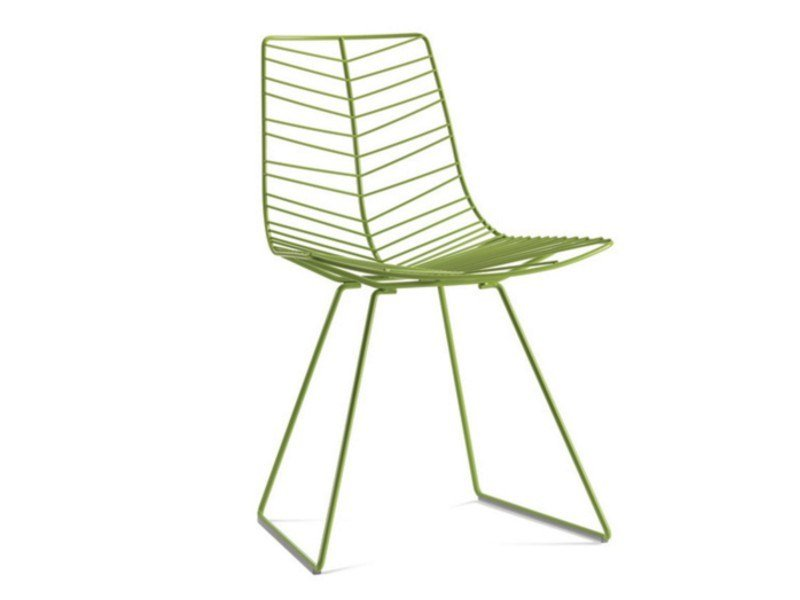 Sled base steel garden chair LEAF | Sled base garden chair by arper