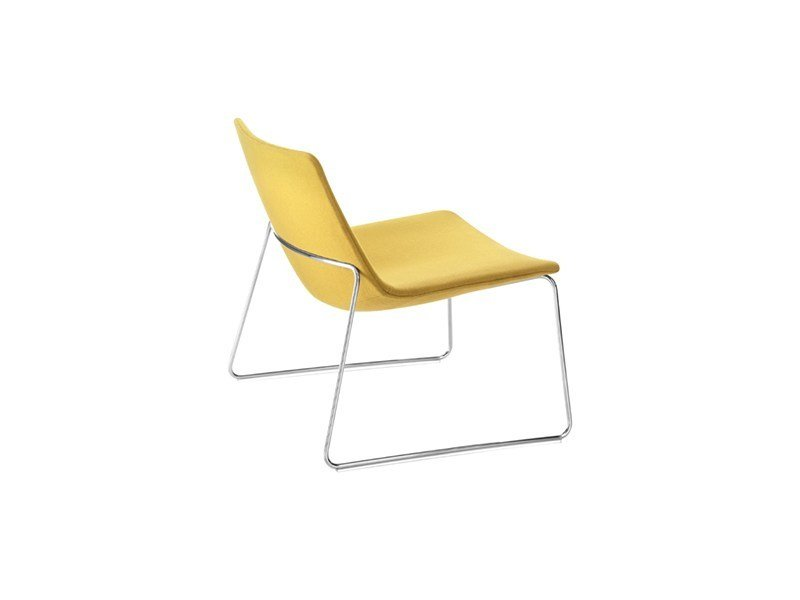 Sled base fabric easy chair CATIFA 60   Sled base easy chair by arper