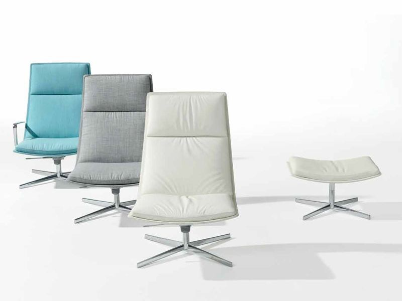 Upholstered armchair with 4-spoke base with armrests