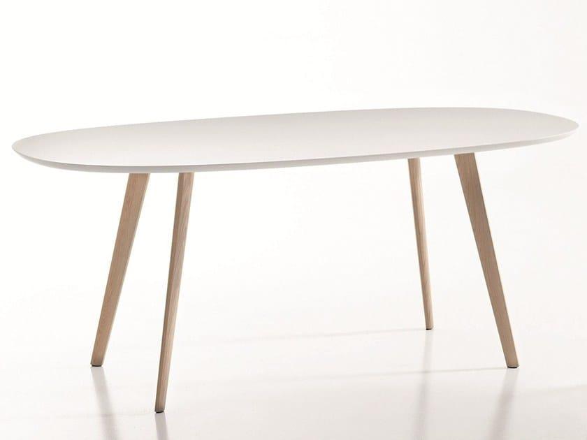 GHER | Tavolo ovale By arper design Lievore Altherr Molina