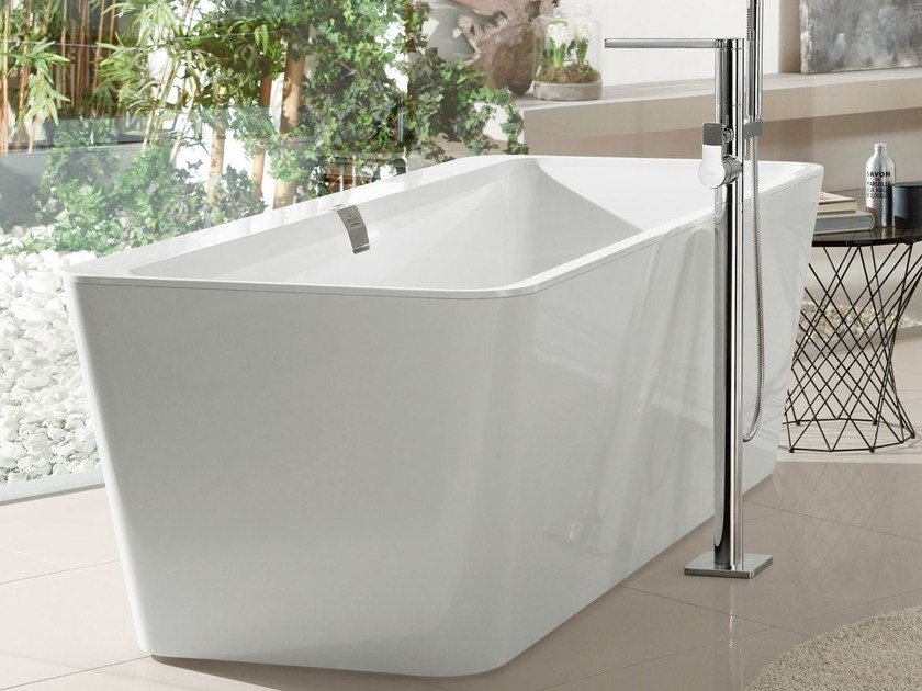 Quaryl® bathtub SQUARO EDGE 12 | Bathtub by Villeroy & Boch