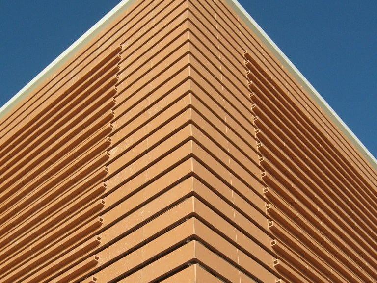 Rivestimento in terracotta per facciata ventilata T-SHAPE by Terreal Italia