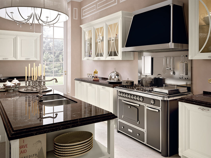 PANTHEON   Kitchen with island By Cucine Lube