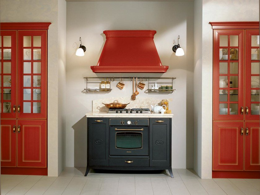 Lacquered MDF kitchen with handles VELIA LACCATA   Kitchen by Cucine Lube