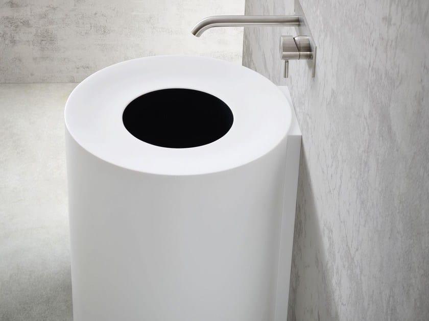 Round wall-mounted Korakril™ washbasin HOLE | Wall-mounted washbasin by Rexa Design