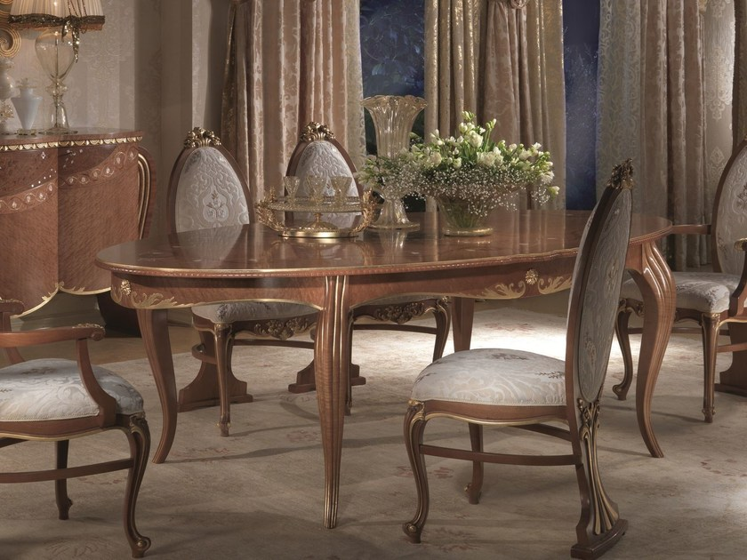 Extending oval wooden table VANITY | Extending table by Carpanelli Classic