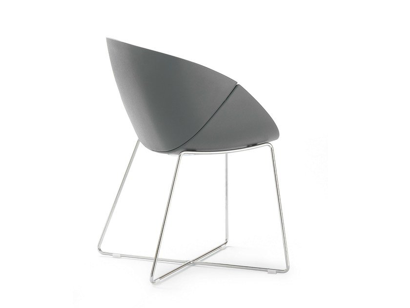 Sled base ergonomic polyurethane chair COQUILLE-T by DOMITALIA