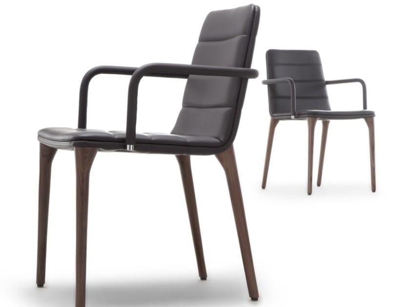 PIT 284 | Sedia con braccioli
