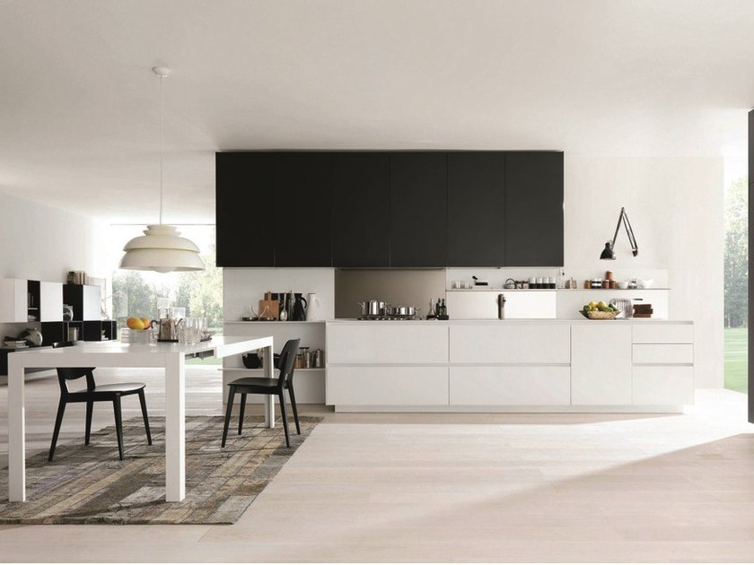 Wooden fitted kitchen KUBIC 2 by Euromobil