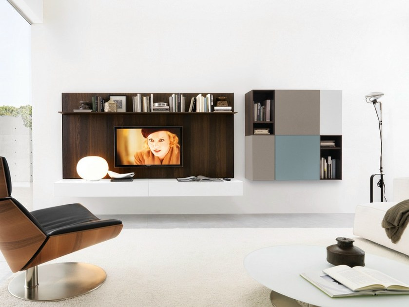 Sectional wall-mounted wooden storage wall HORIZON + CUBODIECI + e45 by Euromobil