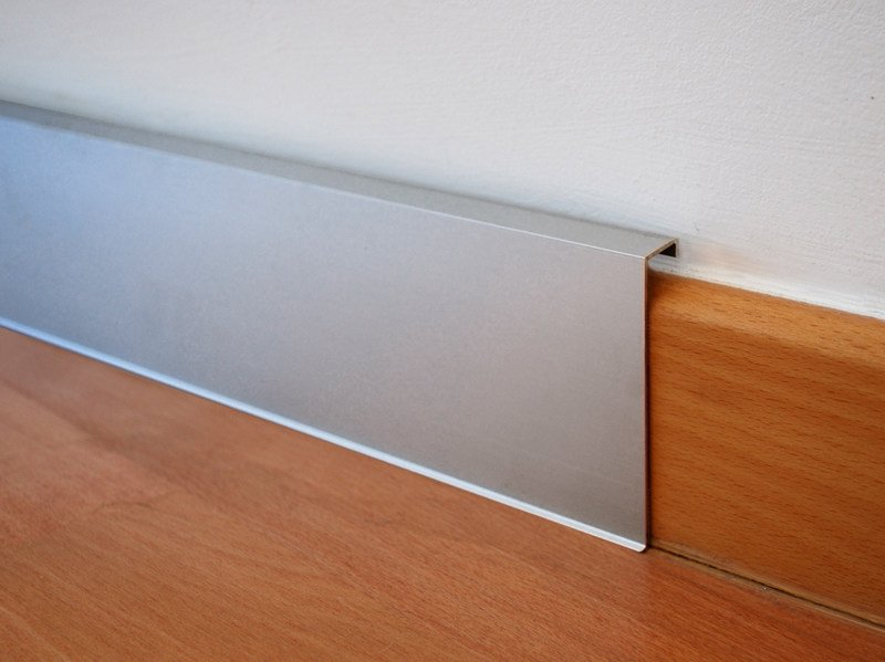 Aluminium Skirting board NOVORODAPIE® REHABIT by EMAC Italia