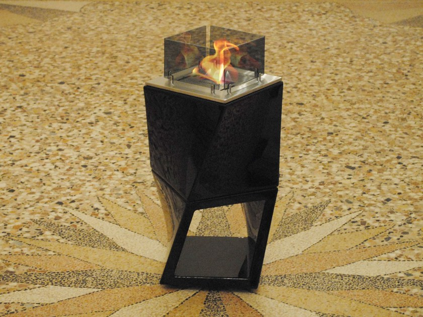 Contemporary style freestanding modular bioethanol fireplace TWISTY FIRE TWIN by BRITISH FIRES