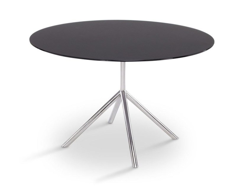 Design round steel garden table SHELL DINING 120 | dining table by FueraDentro