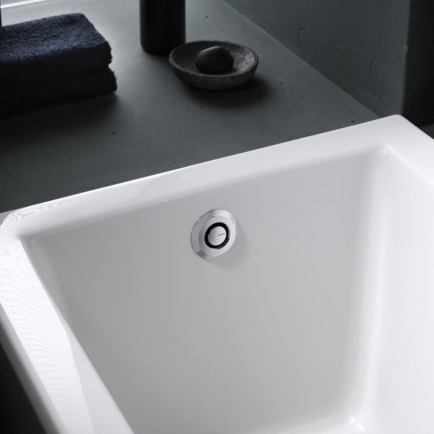 Colonna vasca PushControl by Geberit Italia