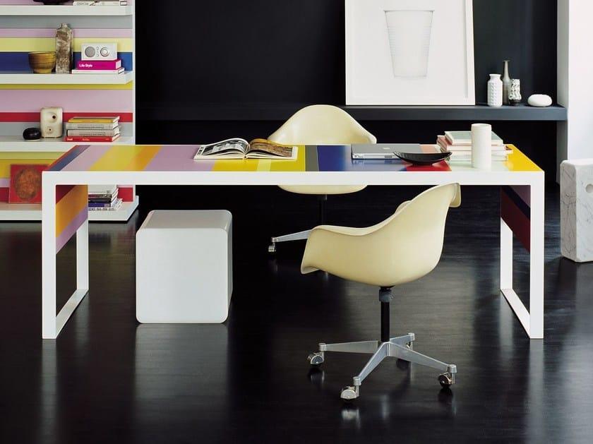 Lacquered rectangular office desk STRIPES | Office desk by FANTONI