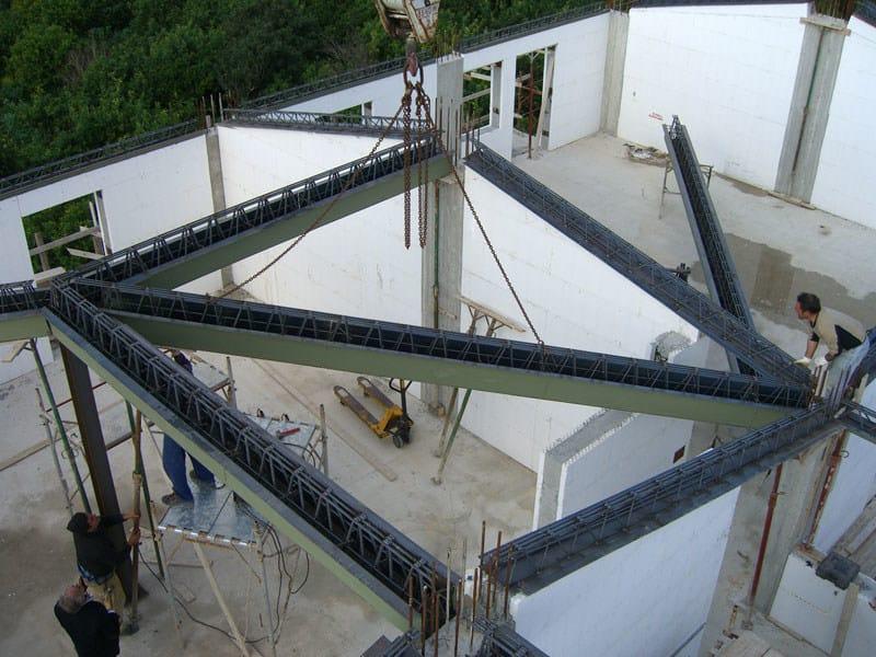 Mixed steel-concrete beam and column Trave reticolare SER by Sicilferro