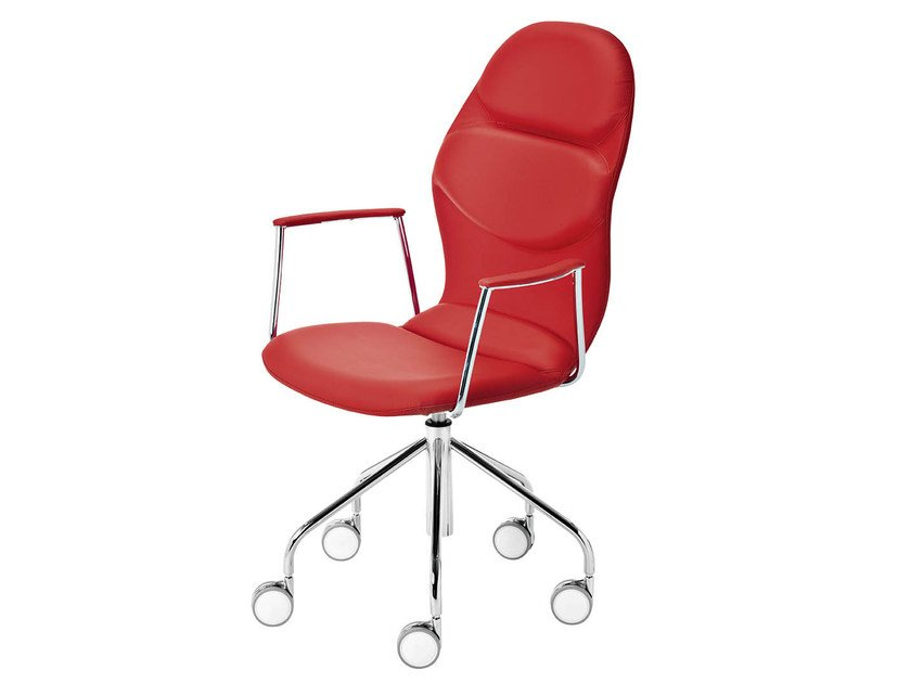 Trestle-based chair with casters ITALIA | Chair with armrests by Midj
