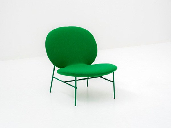 Upholstered easy chair KELLY E by Tacchini