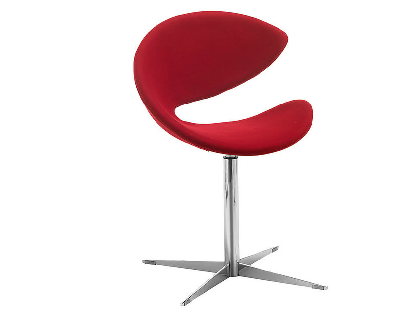 Upholstered chair with 4-spoke base TWIST | Chair with 4-spoke base by Midj