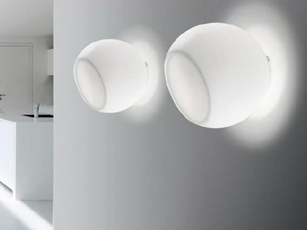 Blown glass wall lamp BONBON | Wall lamp by PANZERI