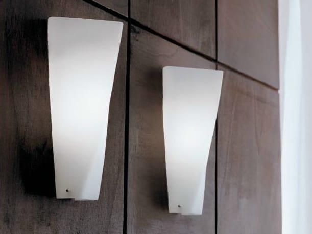 Blown glass wall light SPYRA | Wall light by PANZERI