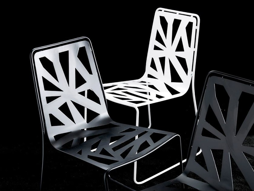 Sled base lacquered plate chair DOMINO | Chair by Esedra
