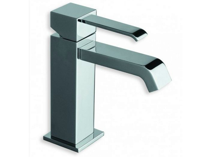 Chrome-plated countertop single handle washbasin mixer QUADRI | 1 hole washbasin mixer by CRISTINA