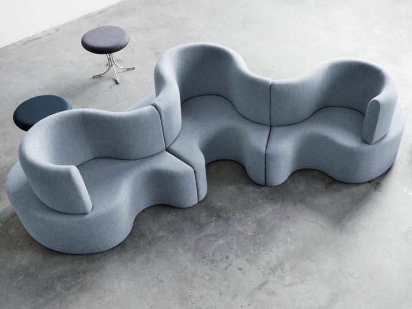 Sectional modular fabric sofa CLOVERLEAF by Verpan