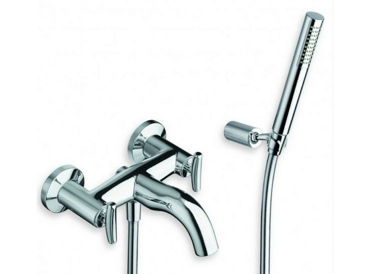 3 hole wall-mounted bathtub tap with hand shower SELTZ | 3 hole bathtub tap by CRISTINA