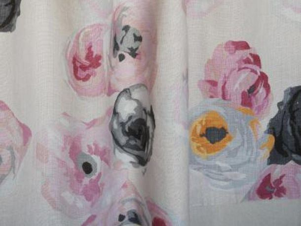 Linen fabric with floral pattern RUE VISCONTI by LELIEVRE