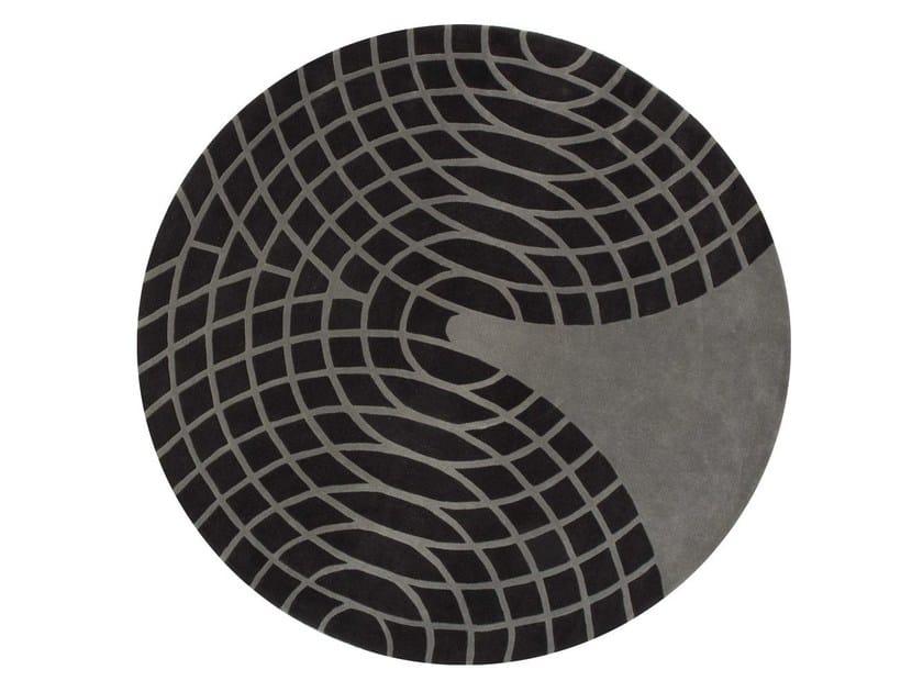Round wool rug with geometric shapes PANTON | Rug by Verpan