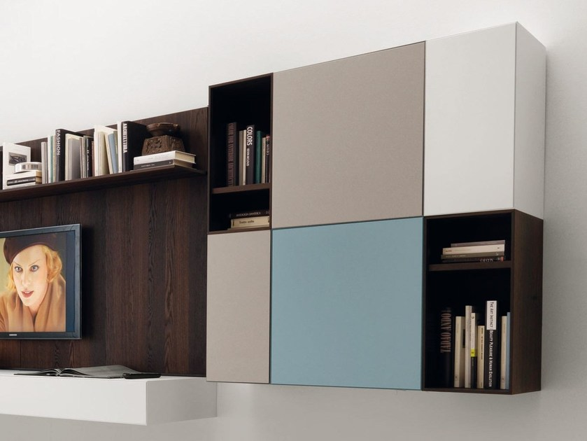 Open wooden wall cabinet with door with shelves CUBODIECI by Euromobil