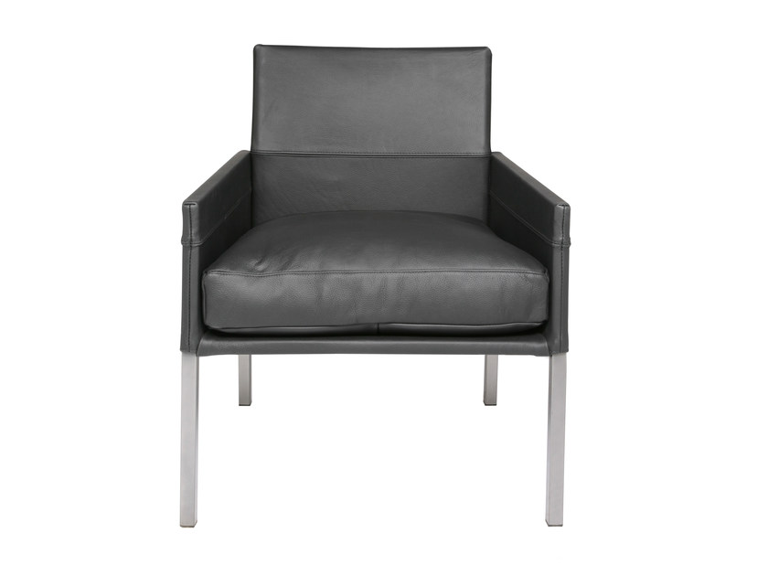 Upholstered leather armchair with armrests TEXAS | Armchair with armrests by KFF