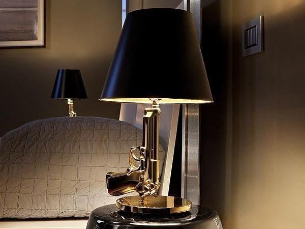 Lampada Da Tavolo A Led A Luce Diretta E Indiretta Bedside Gun Flos