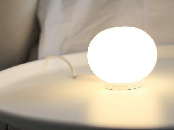 LED opal glass table lamp MINI GLO-BALL T By FLOS design Jasper Morrison