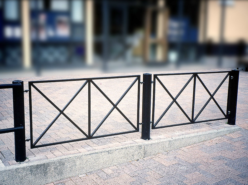 Steel pedestrian barrier CAMPO by Nola Industrier
