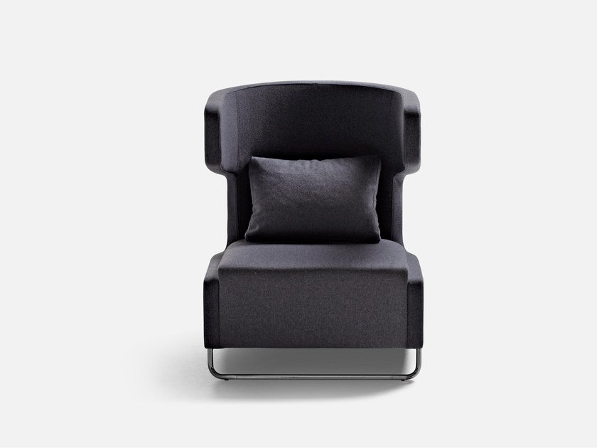 Wingchair with headrest MRS BUFFY | Armchair by La Cividina
