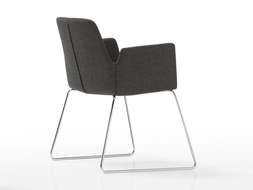 Sled base fabric easy chair ALTEA | Sled base easy chair by Inclass Mobles