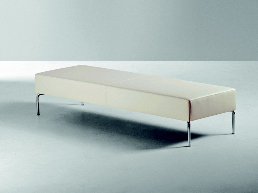 Bench with fire retardant padding SOCRATE | Bench by La Cividina