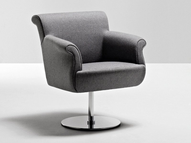 Swivel guest chair with armrests GENESIS | Easy chair by La Cividina