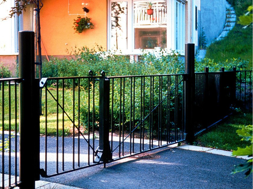Steel pedestrian barrier Steel pedestrian barrier by Nola Industrier