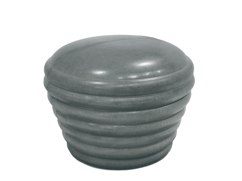 Concrete bollard PEPPER by Nola Industrier