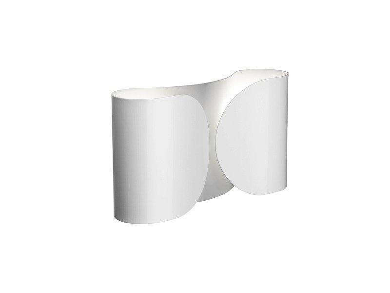 Indirect light wall light pochette by flos