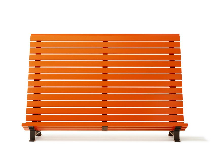 Steel and wood outdoor chair KAJEN PLANKA by Nola Industrier