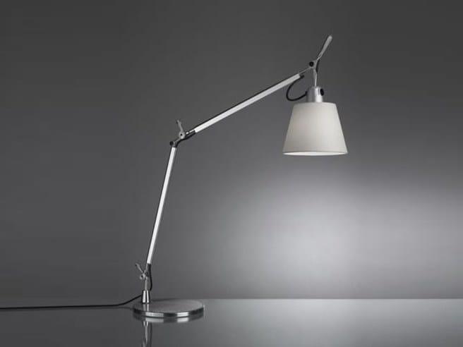 Satin table lamp TOLOMEO BASCULANTE | Satin table lamp by Artemide