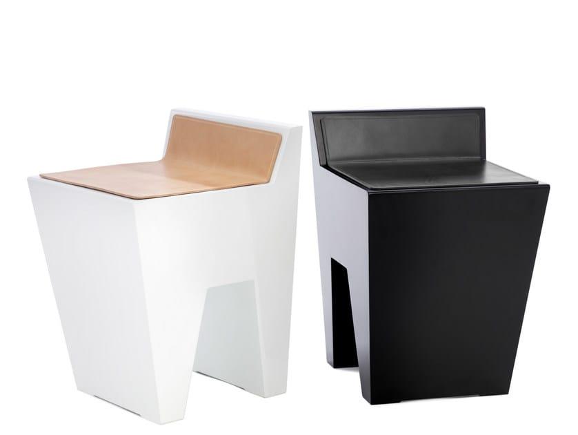 Aluminium stool BILL | Stool by Nola Industrier